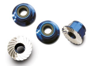 AX1747R Nuts aluminum flanged serrated (4mm) (blue-anodized) (4)