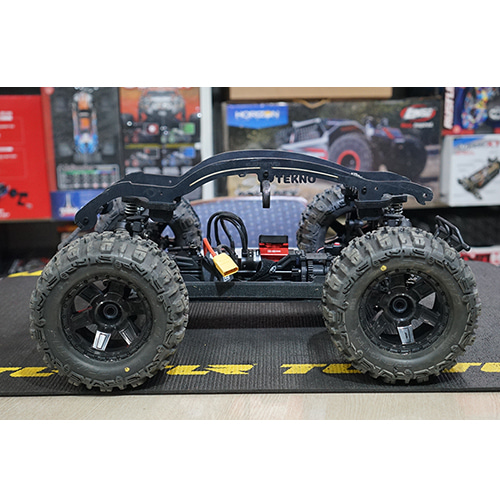 TEKNO MT410 몬스터트럭 TKR5603 1/10th Electric 4×4 Pro Monster Truck Kit│중고상품
