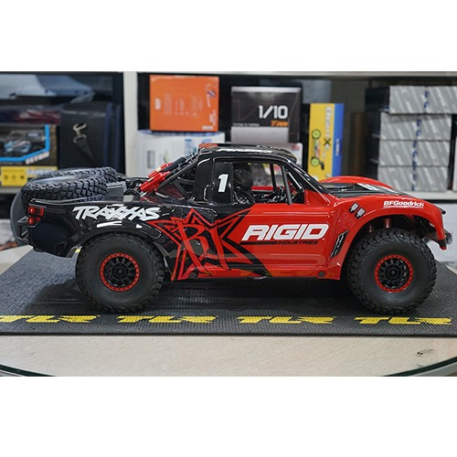 [중고상품] 1/7 UDR Unlimited Desert Racer 6S RTR 4WD Race Truck (RED) CB85076-4